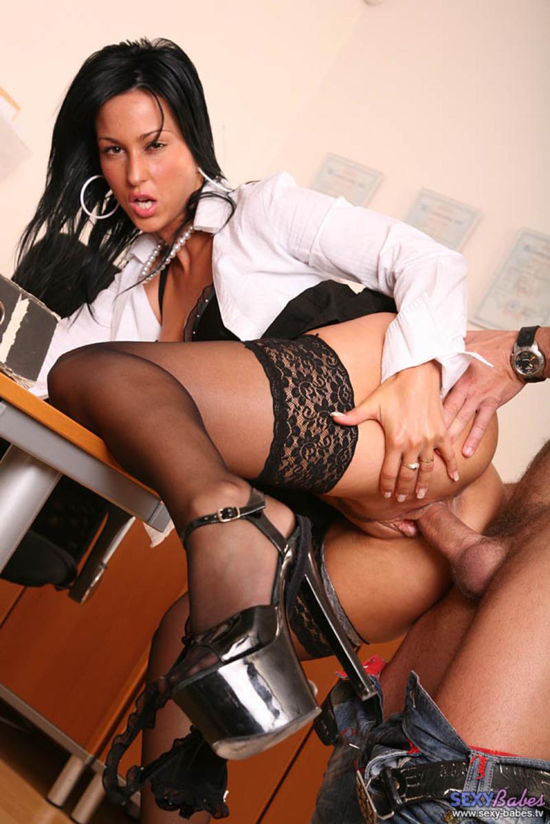 Смотреть сексуальная секретарша онлайн